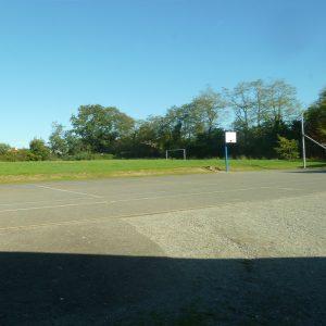 terrain-de-sport-exterieur